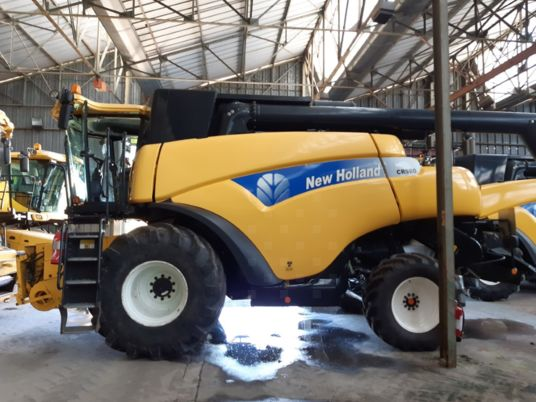 New Holland CR 980