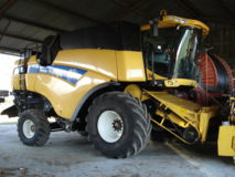 New Holland CX8070 SL HD + COUPE GERINGHOFF HVL660