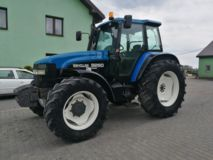 New Holland FORD  8260
