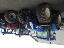 New Holland T7040AC
