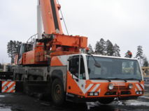 Compact Truck AC 200-1  2 WINCHES