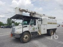 International 4300 S/A w/Terex Hi-Ranger XT55