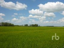 SK/RM OF CALDER 241 NW 24-25-33 W1 160 +/- ACRES ON TITLE