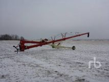 2005 FARM KING 1370 13 In. x 70 Ft Mechanical Swing