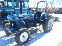 New Holland 3930