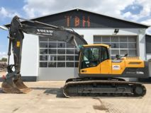 Volvo EC 220 DL (optional mit Oilquick OQ 70/55)