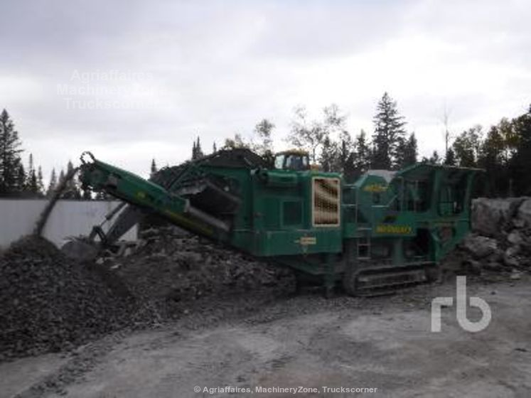 McCloskey J40 24 In. x 40 In. Crawler